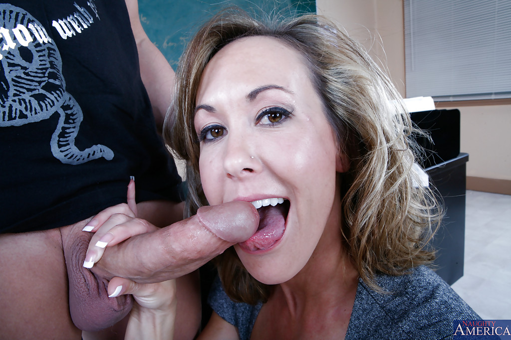 brandi-and-amateur-facial-show-how-a-young-girl-comes