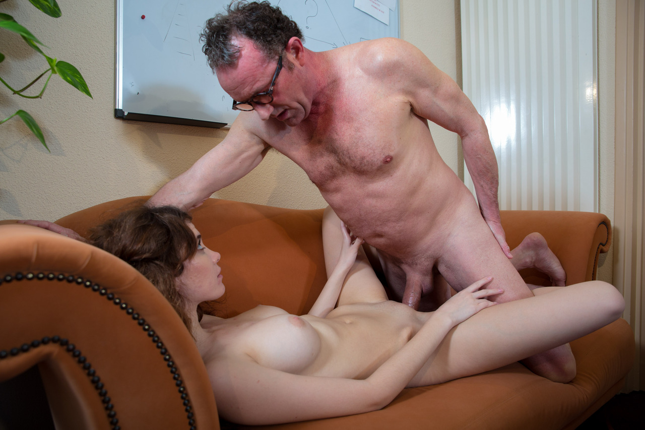 Young Girl Older Man Fuck In The Bedroom